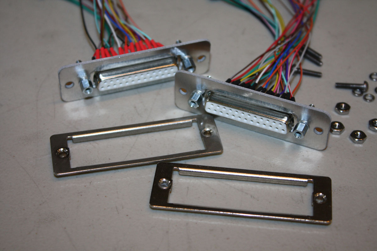 Roland G 303 808 Gr 300 24 Pin Cable Conversion To Db25 85 Gibson Explorer Wiring Diagram Connector